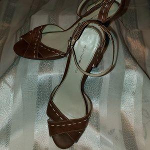9 Bandolino Heeled Sandals